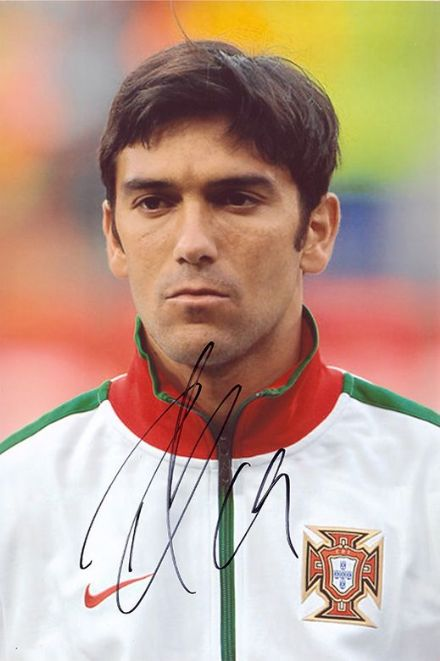 Paulo Ferreira, Portugal, Chelsea, Porto, signed 12x8 inch photo.